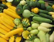 Summer-Squash-at-the-farmers-market1