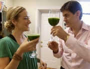 drinking-green-juice