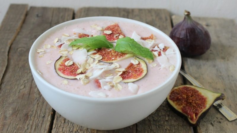 Strawberry Coconut Kefir Yogurt